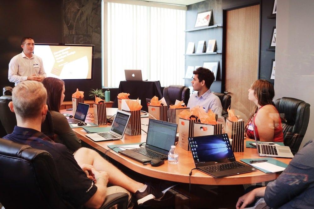 Procadres International : analyser, anticiper et proposer le manager de transition adapté au contexte de l'entreprise